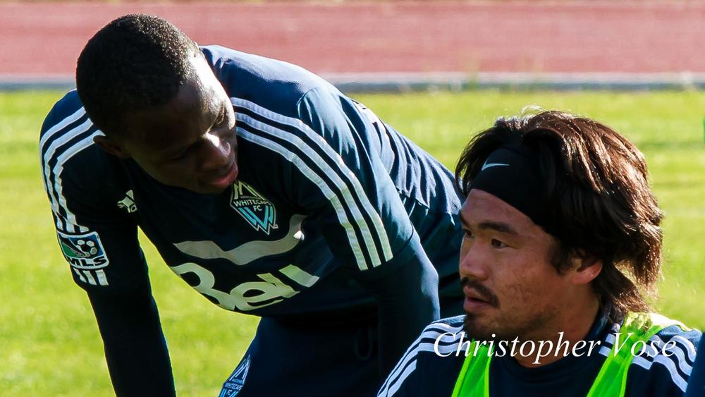 2013-10-14 Kekuta Manneh and Kobayashi Daigo.jpg