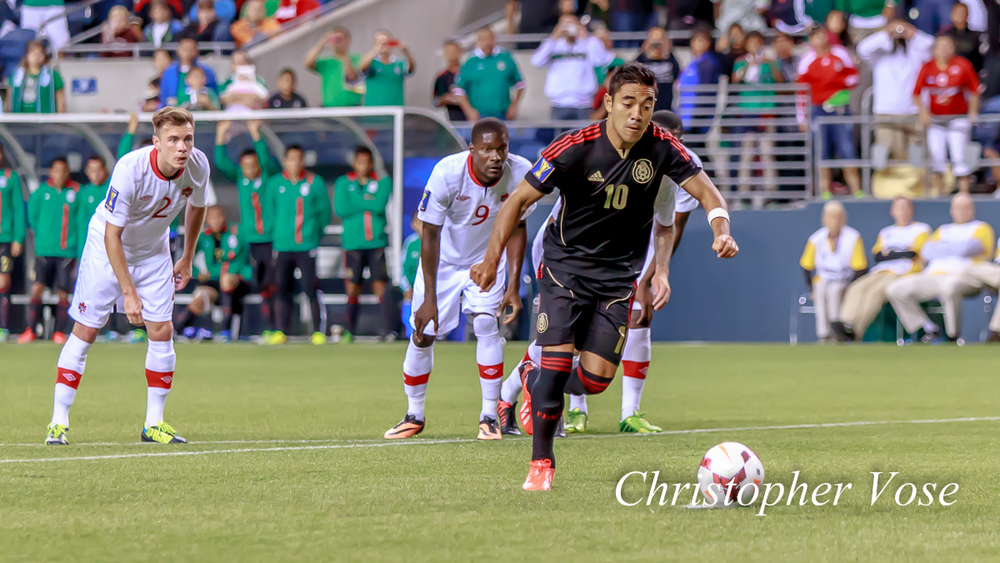2013-07-11 Marco Fabián Goal (Penalty Kick).jpg