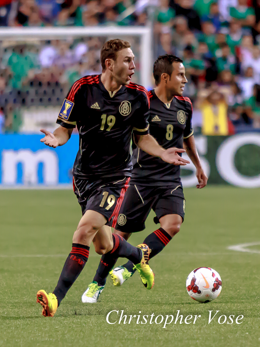 2013-07-11 Miguel Layún and Luis Montes.jpg