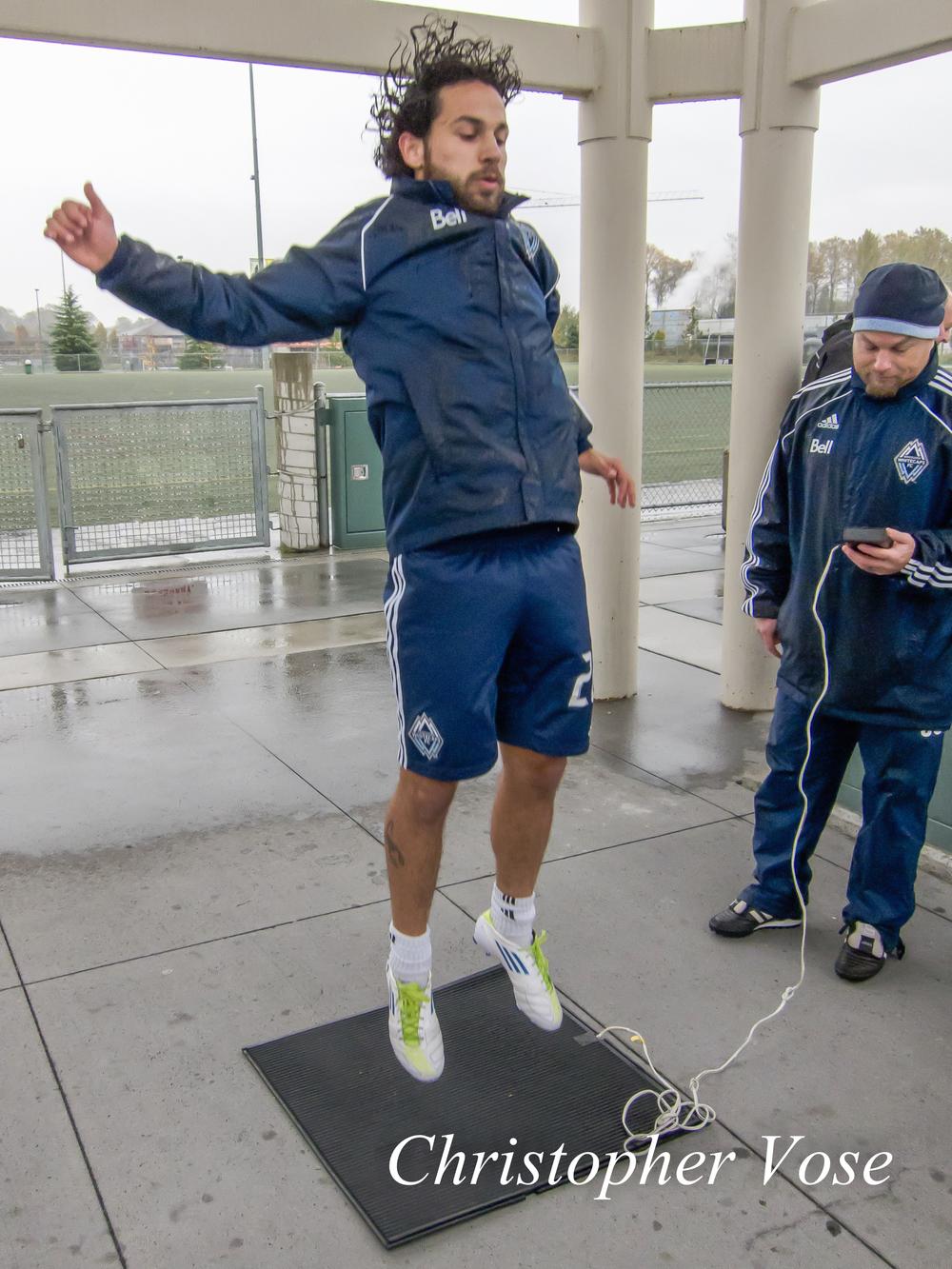 2011-11-07 Davide Chiumiento Vertical Jump Test.jpg
