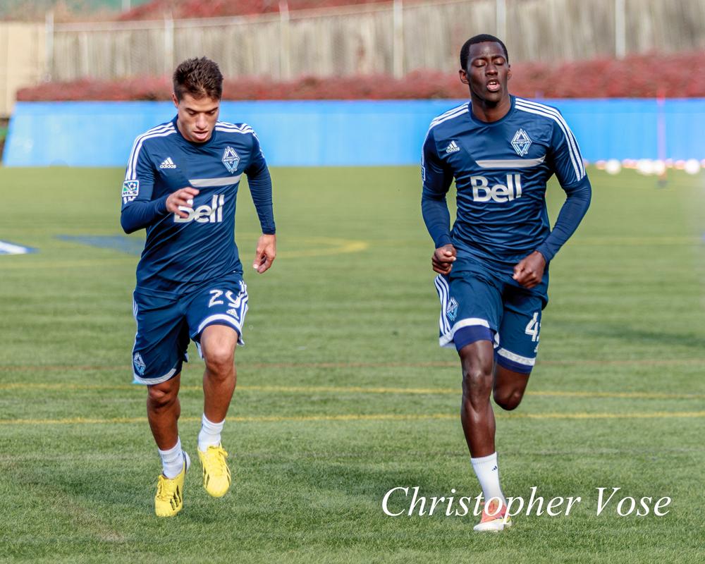 2014-02-14 Nicolás Mezquida and Mamadou Diouf.jpg