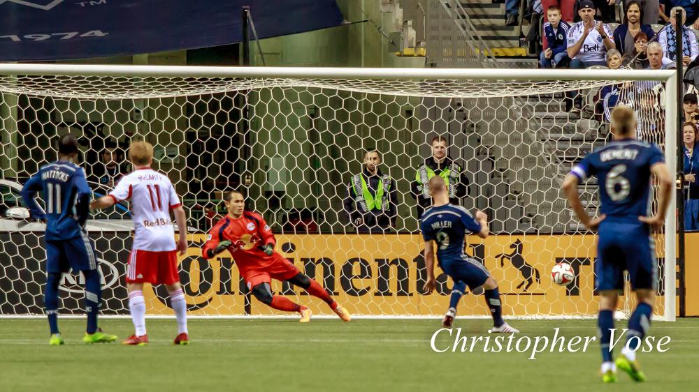 2014-03-08 Kenny Miller's First Goal (Penalty Kick).jpg