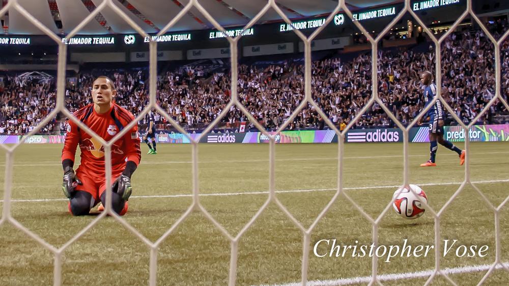 2014-03-08 Luis Robles Goal Reaction (Morales).jpg
