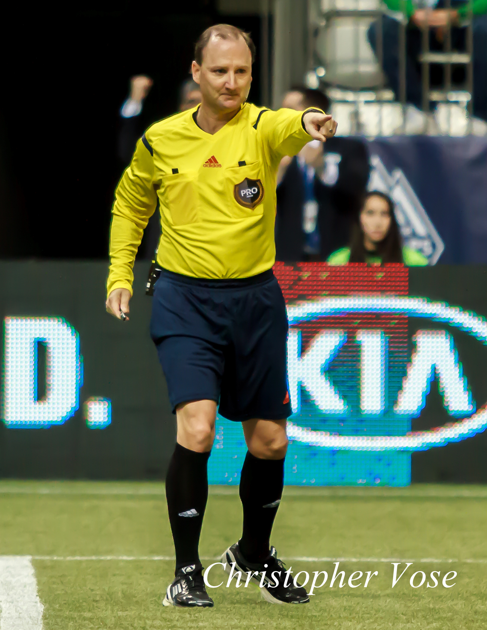 2014-03-29 Kevin Stott points to the spot.jpg