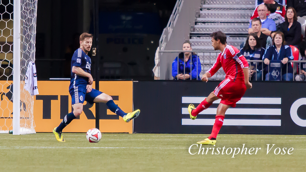 2014-05-03 Chris Wondolowski's Second Goal.jpg