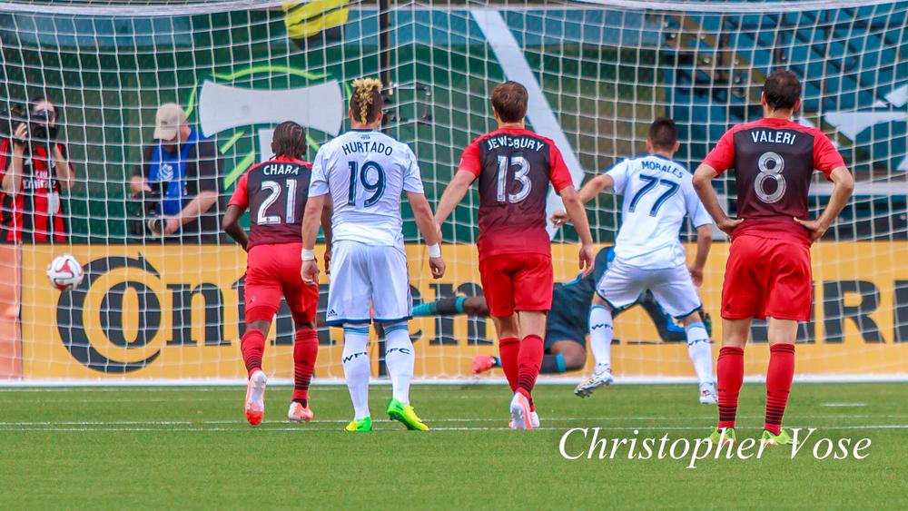 2014-06-01 Pedro Morales' Second Goal (Penalty Kick).jpg