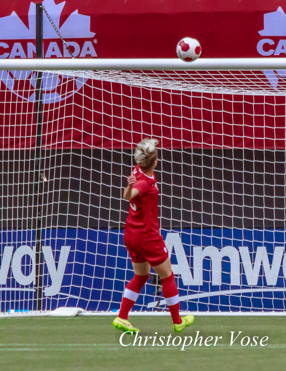 2014-06-18 Sophie Schmidt Goal.jpg