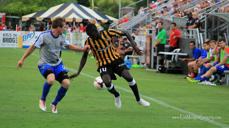 2014-07-12 Jonathan Leathers and Mamadou Diouf.jpg