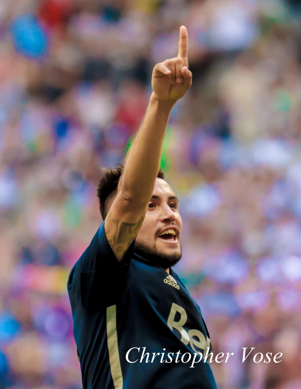2014-07-27 Pedro Morales Goal Celebration 2.jpg