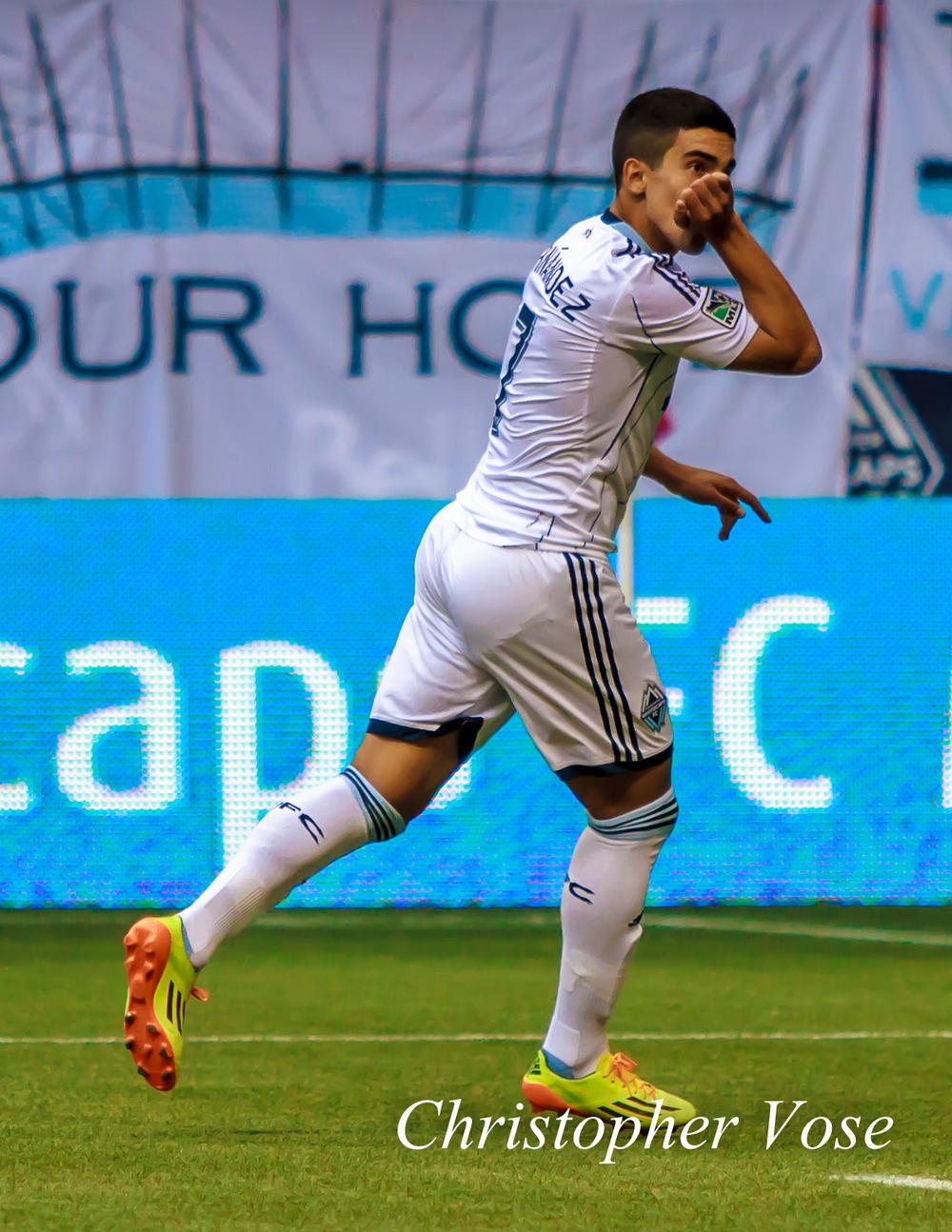 2014-10-04 Sebastián Fernández's First Goal Celebration 1.jpg