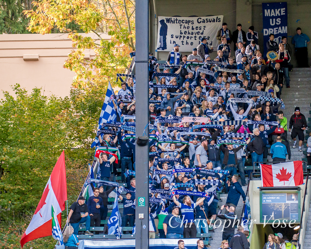 2015-11-01 Curva Collective, Rain City Brigade, and Vancouver Southsiders 1.jpg