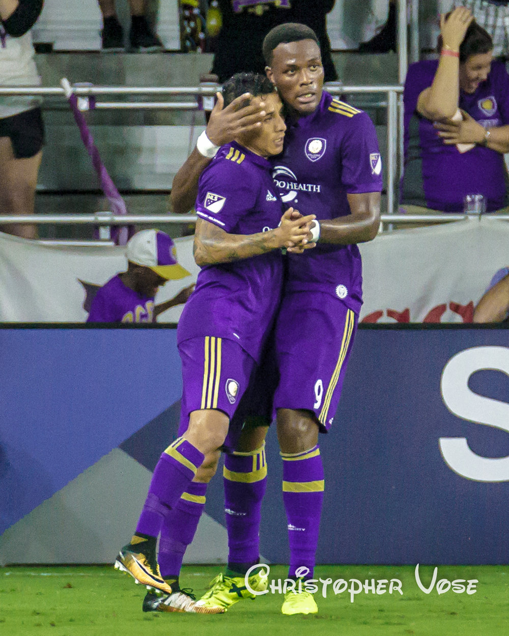 2017-08-26 Cyle Larin Goal Celebration.jpg