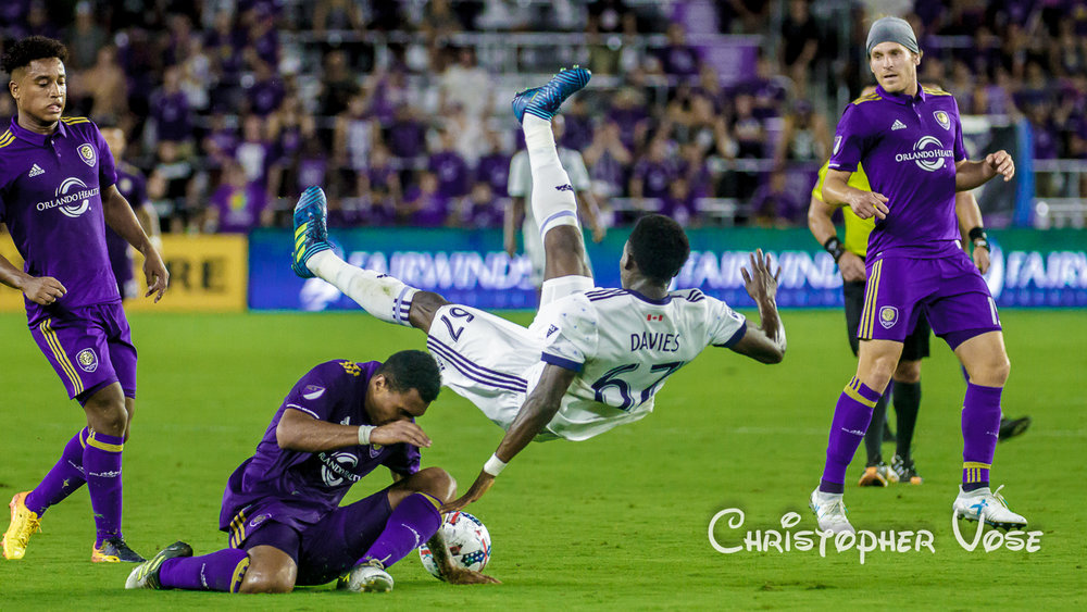 2017-08-26 Tommy Redding and Alphonso Davies.jpg