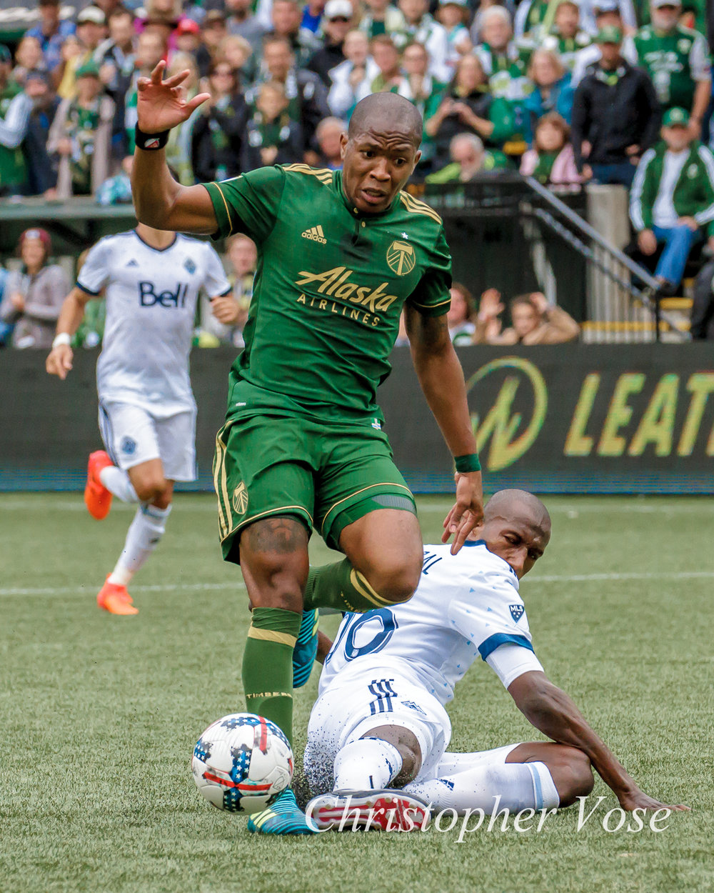 2017-10-22 Darlington Nagbe and Aly Ghazal.jpg