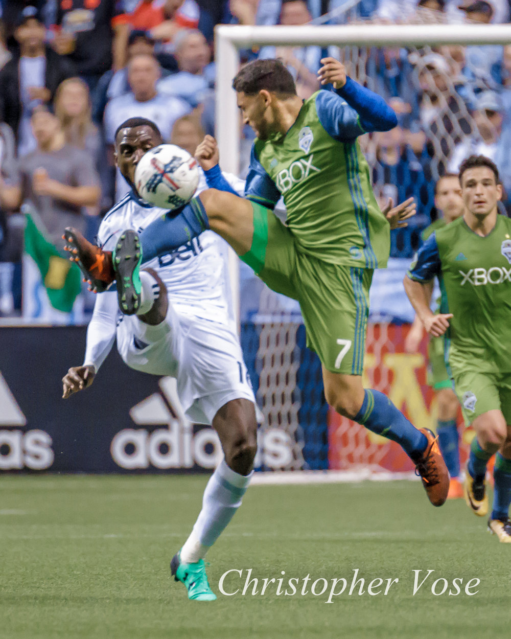 2017-10-29 Tony Tchani and Cristian Roldan.jpg