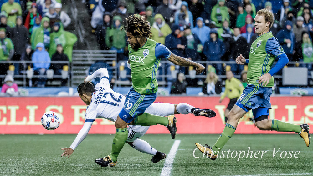 2017-11-02 Fredy Montero, Román Torres, and Chad Marshall.jpg