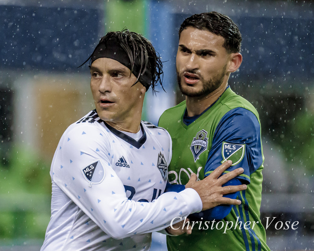 2017-11-02 Christian Bolaños and Cristian Roldan.jpg