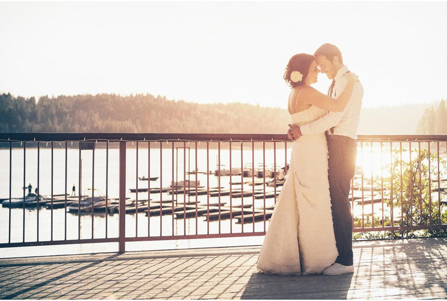 Chris & Amanda | Bass Lake, California | www.vitaeweddings.com
