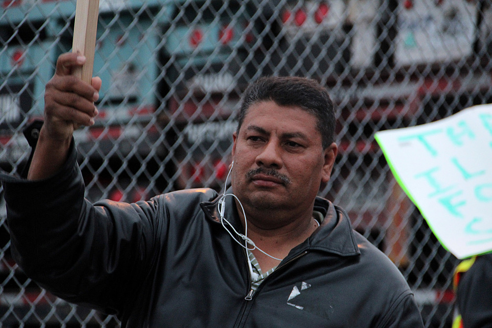Port of Oakland truckers promise to keep working through negotiations