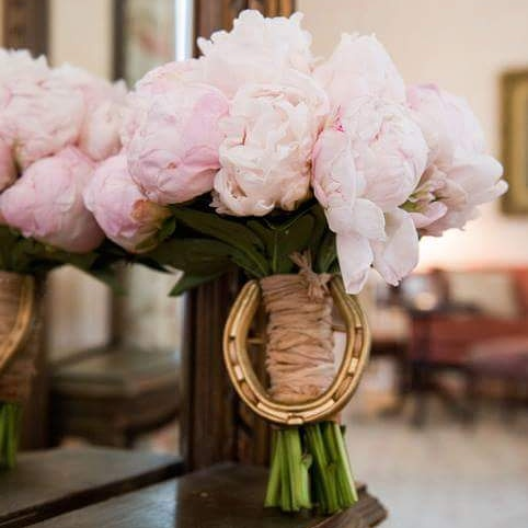 Gorgeous pink peonies bridal bouquet w/pony shoe in Gold  Photography by George Street Photo