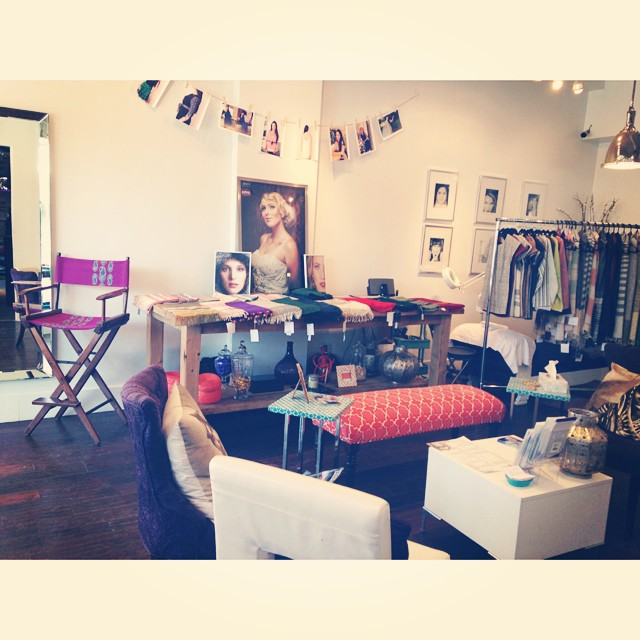 Our fun set-up at @bombaybeautyloft today for the 'Inspired by India' trunk show #oneofakind #designer #style4socialgood