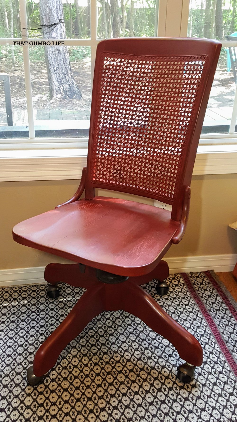 Red Bankers Chair 3.jpg