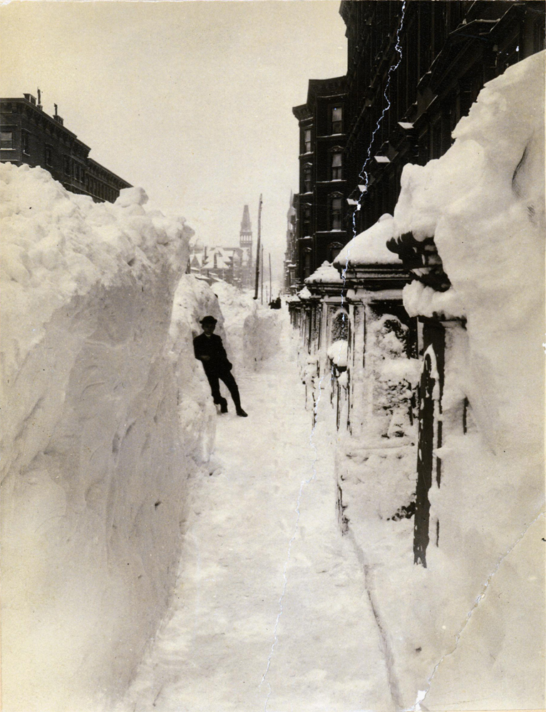 Blizzard of 1888, Madison Avenue South from 50th Street , unidentified photographer