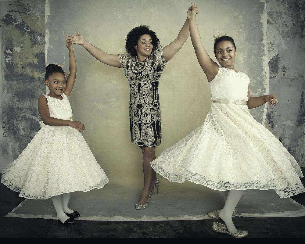 Soraia Pargali Family Portraits 2015-11912 Select Twirl WEB.jpg