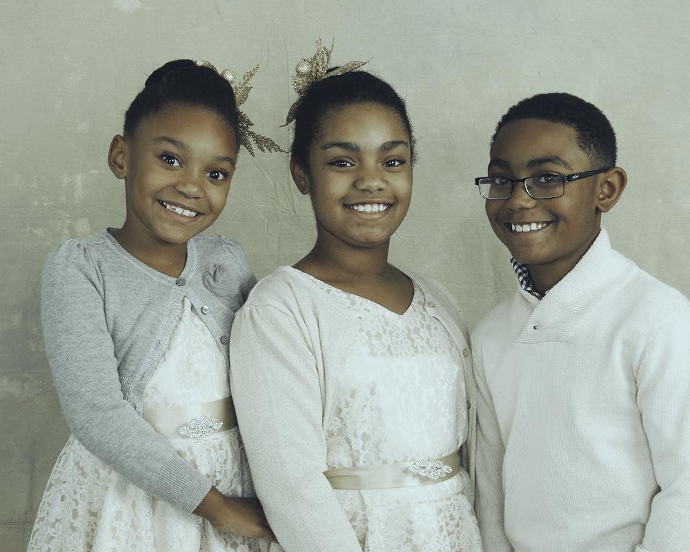 Soraia Pargali Family Portraits 2015-11824-Select Promo.jpg