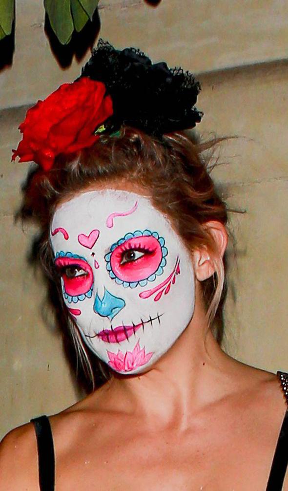 Kate Hudson Sugar Skull Halloween