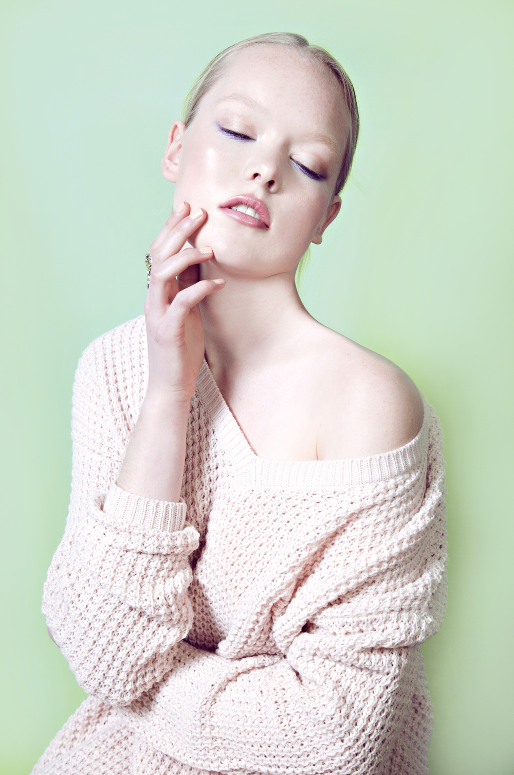 Vancouver-Makeup-Artist-Caragh-4.jpg