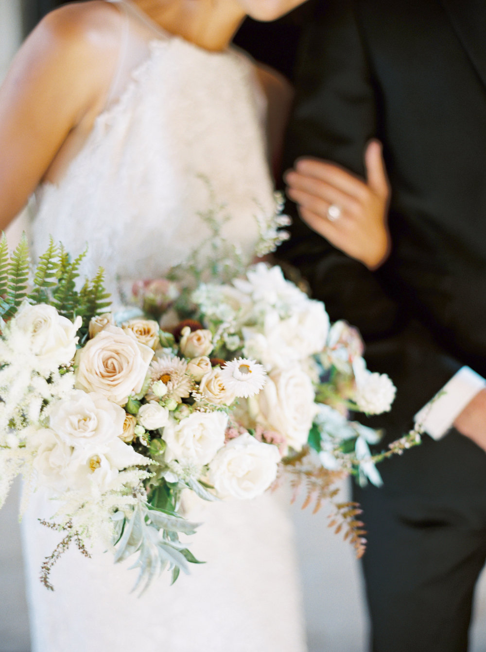 Early Mountain Vineyard Wedding - Wild Green Yonder bouquet