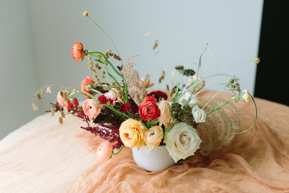 wldwst thanksgiving floral centerpiece delivery