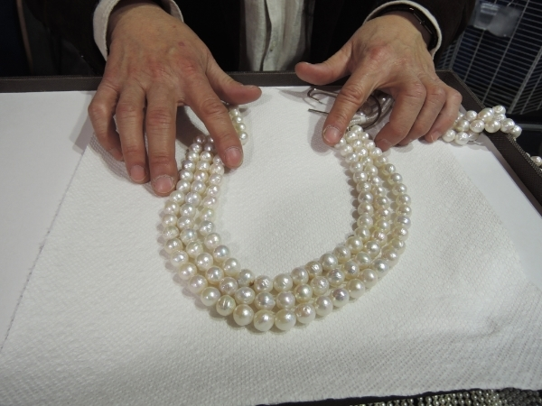 A trip to Tucson would not be complete if I didn't get pearls from my favorite pearl vender!