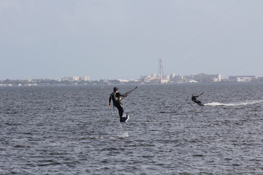 Dave on his foil board with 13m Cabrinha. Mark on his 15m Flysurfer.