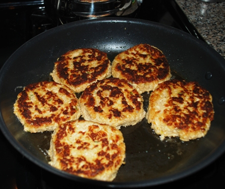 Salmon cakes cooking