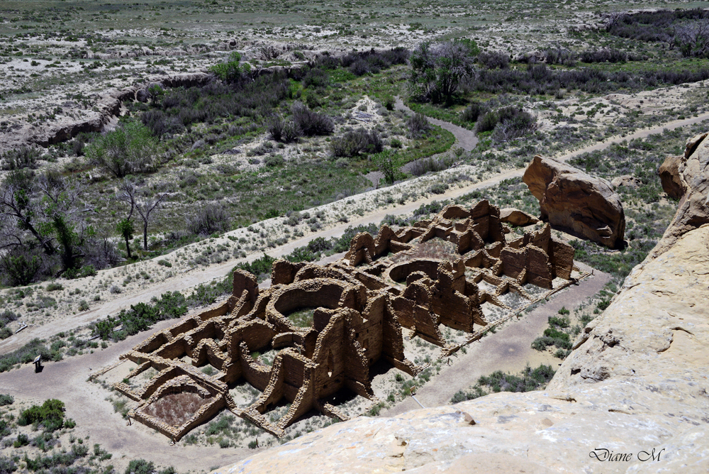 The ruins from the rim