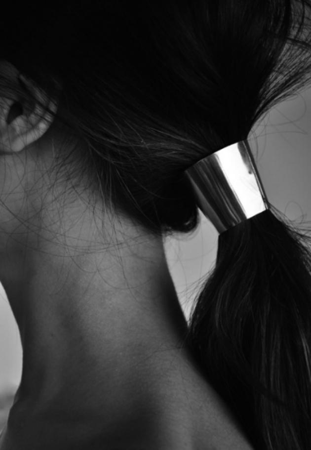 gold hair clip.jpg