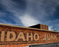 idahojunk-cal-july-thumb.jpg