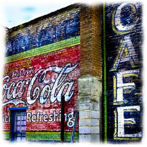 img_8911-sqr-edit-cafe1