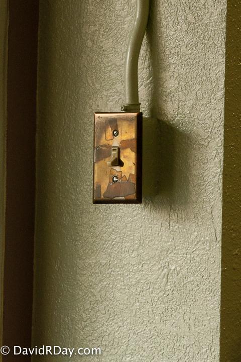 img_1367light-switch1