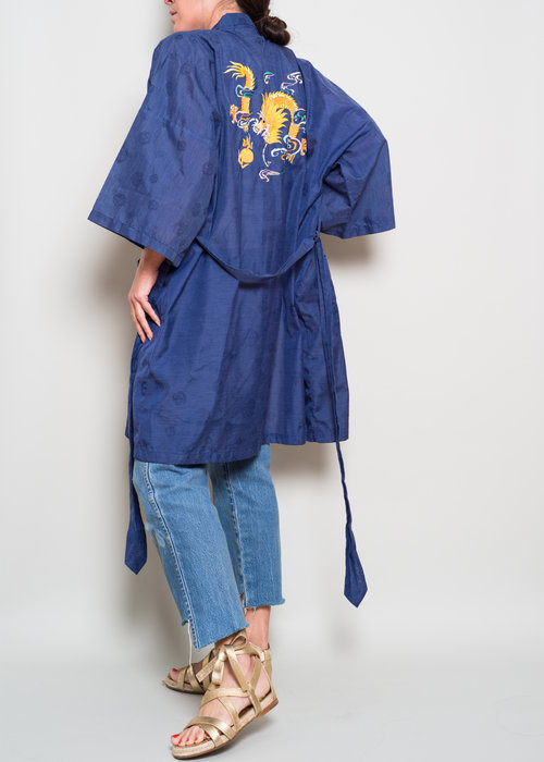 e28268a64 ... Embroidery Dragon// Belted Kimono Jacket// OSFA.  A_Part_of_the_Rest_Vintage_Apr184.jpg