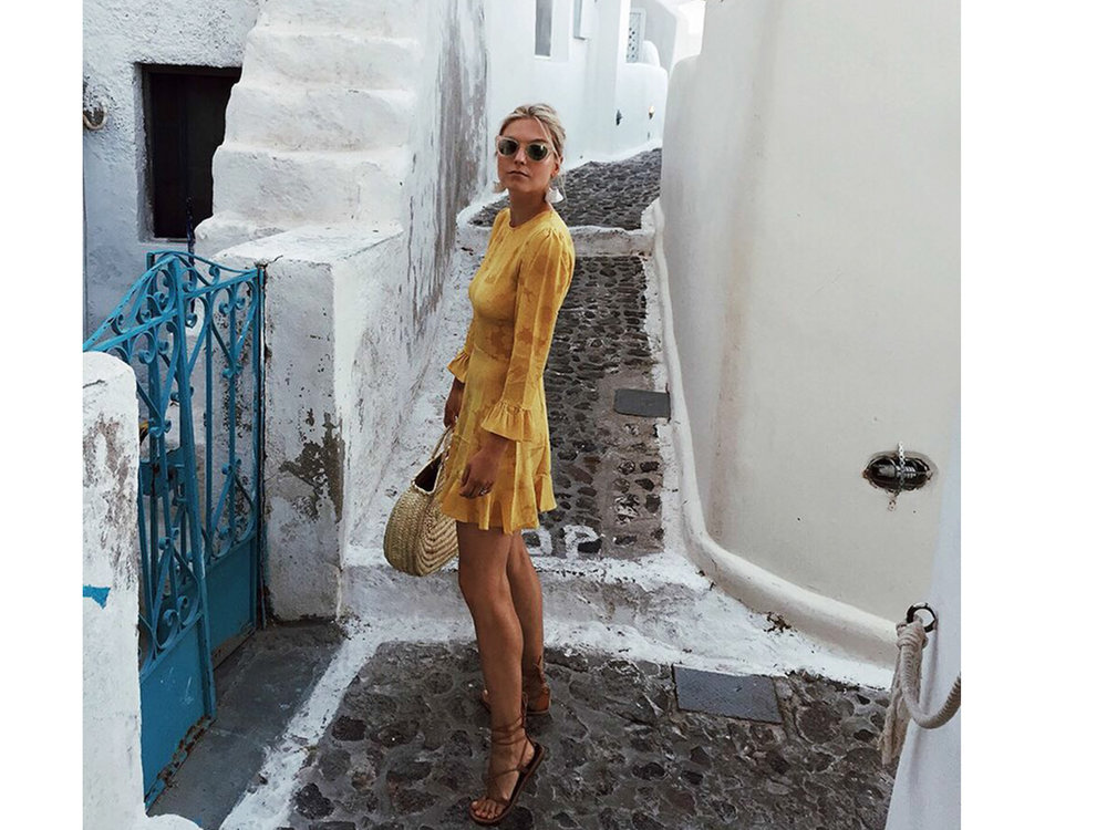 CIRCA NOW - WITH HELENE HEATHStay tuned for our chat with Helene of Fashion Over Reason on vintage, spring style and why she loves yellow for MAY.Coming May 15th.