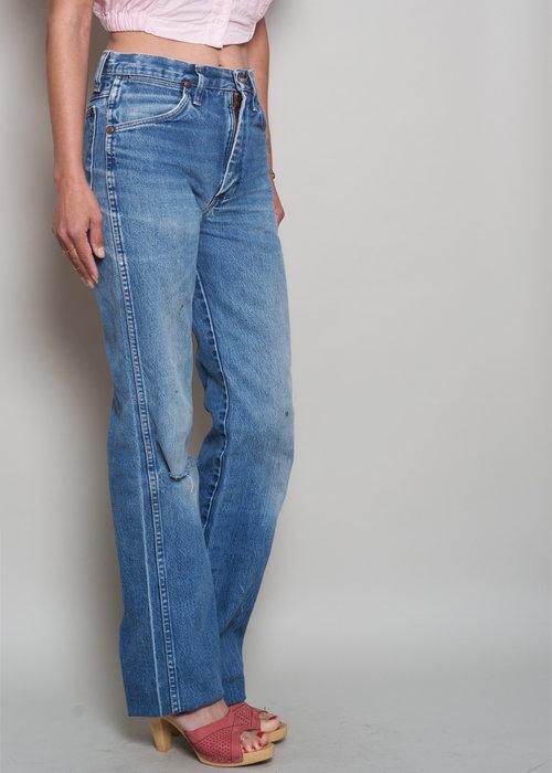 4c0e4152 1980s// Perfectly Worn WRANGLER High Waist Denim Boyfriend Jeans// 28