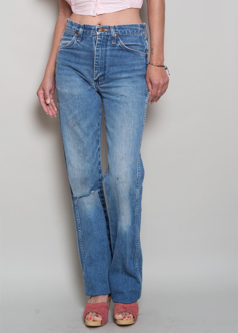 42ddaf0d 1980s// Perfectly Worn WRANGLER High Waist Denim Boyfriend Jeans// 28