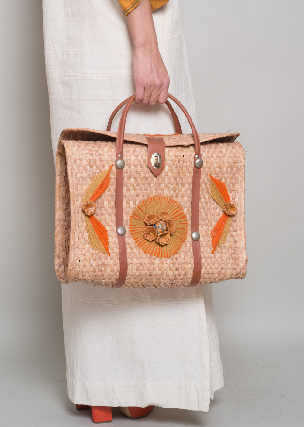 A_Part_of_the_Rest_1970s_Mexico_bag001.jpg