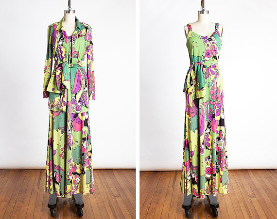 LUXURY - 1970s, original Diane Von Furstenberg, Made in Italy.How can you not just DIE over this set?