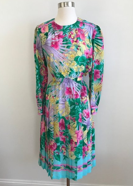 A Part of the Rest recommends- vintage summer get away Dolce Vita Vintage Tropic Floral Pleat Dress.jpg