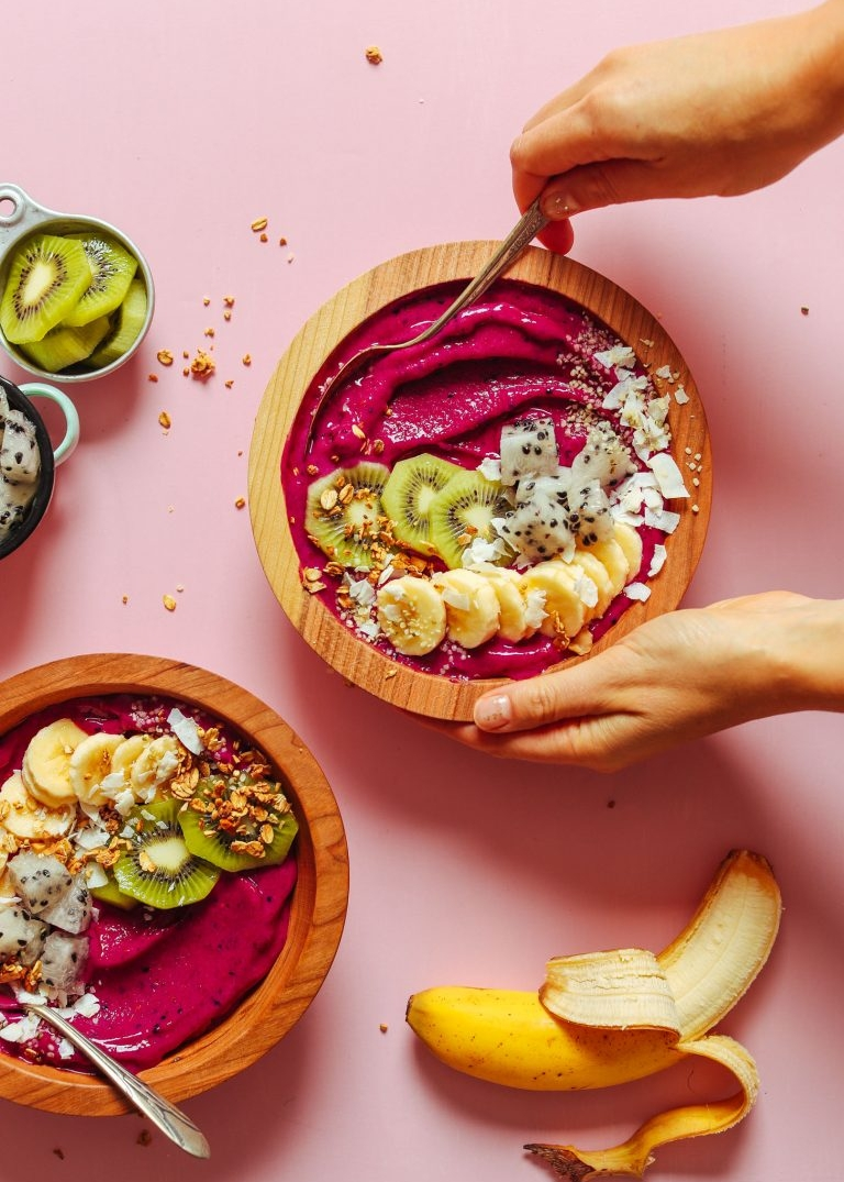 Dragon fruit smoothie bowl - Fresh, tropical, and cold. An easy summer whip up when you don't feel like making breakfast on the stove
