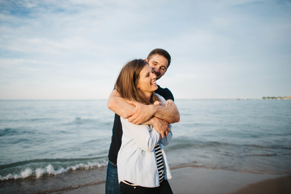 Oak Street Beach Chicago Engagement | Erika Aileen Photography